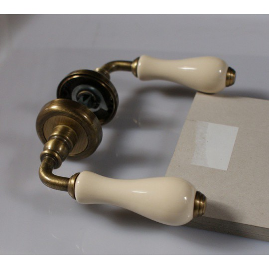 klamka-ottocento-porcela-13972-jpg