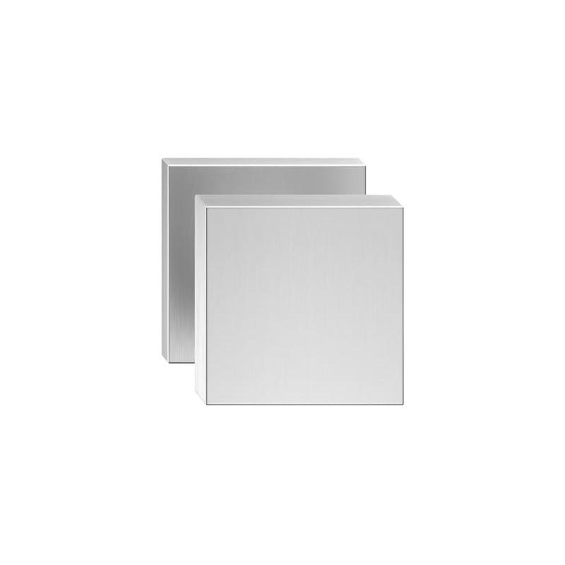 Gałka Aegis z kwadratowym szyldemchrom szczotkowany matt