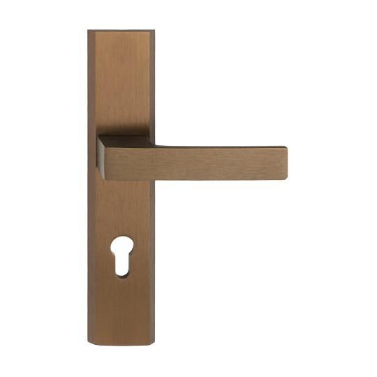 Gałko - klamka TOTAL długi szyld na wkładkę do drzwi zewnętrznych patyna F4